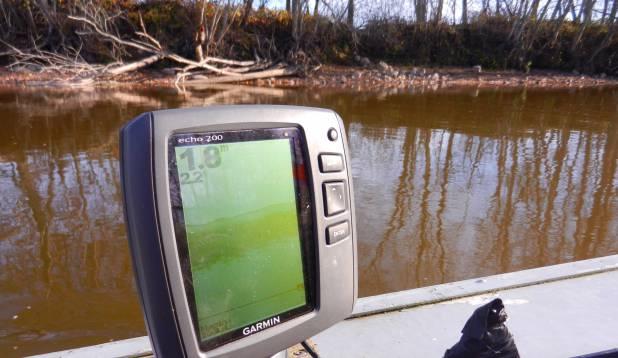 Vesi jões on madal ja ilm on juba päris jahe.