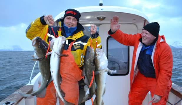 """ERKKI MÄEVÄLI: """"Tursad Norrast Skjervoyst. Proovisin kuue pipra ja landiga, otsa tuli seitse kala korraga, aga kätte sain kuus, sest ritv murdus suure pinge all."""""""