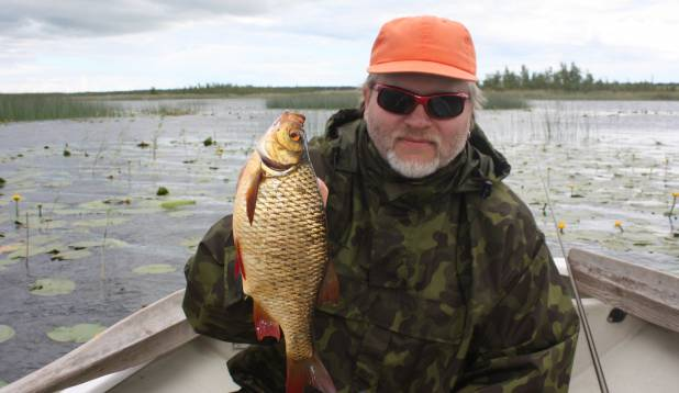"""MIHKEL LAUK: """"370 grammi roosärge Ermistu järvest."""""""