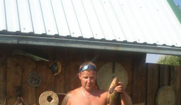 Herr Jurakaga Endla järvel linaskit püüdmas