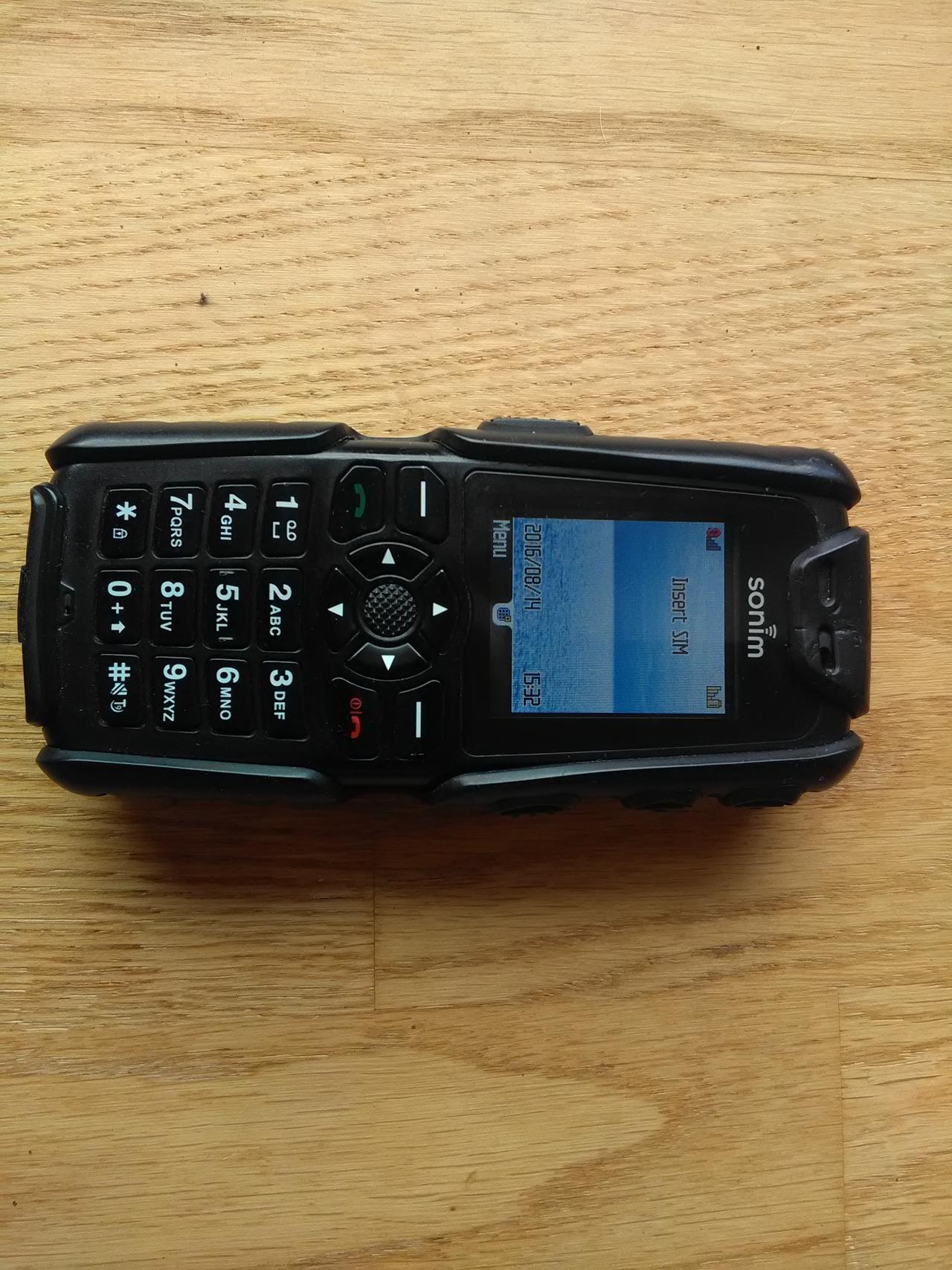 d09e935df29 Veekindel telefon Sonim XP3.20-E QUEST (45,00€)