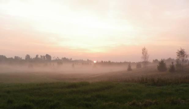 Sügishommikune päikesetõus Mustjõel