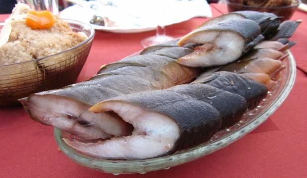 Kala peab laual olema.