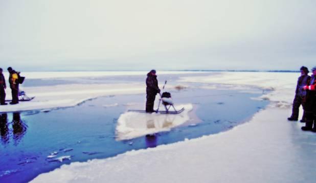 Jääparve teenus Pärnu lahel.